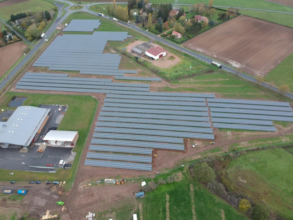 Les 9 hectares de la centrale photovoltaïque de Varennes-sur-Allier.